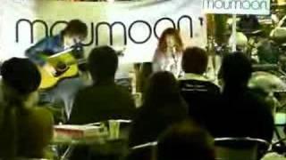 "Moumoon Roadshow at Shinjuku, song ""Sweet Heart"" on November 2nd, 2..."