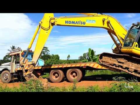 รถแบคโฮ KOMATSU PC200  ไต่ลงรถบรรทุกเทรลเลอร์ Truck Trailer