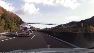 山陽自動車道上り 山陽姫路東IC~加古川北IC 緊急走行のパトカー 2016年11月25日