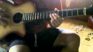 snar gitar putus sampai kena mata