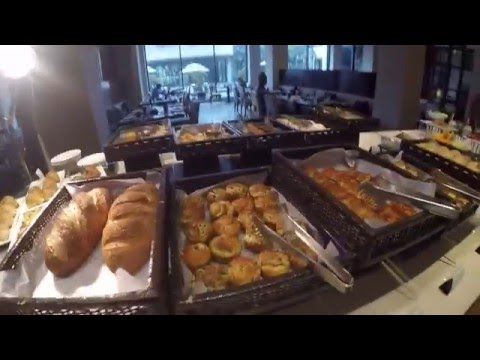 Vivanta by Taj Surajkund Hotel New Delhi Breakfast GOPR0428