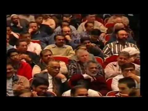 Dialog Al Qur'an Vs Injil oleh Dr  Zakir Naik dan Dr William Campbell