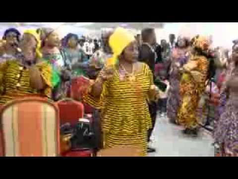 Música gospel angolana ( culto de adoração)