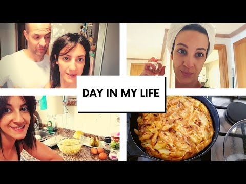 A Day In My Life: Quarantine Routine+Self Care+Algerian Potatoes Omelette Recipe+My husband The King