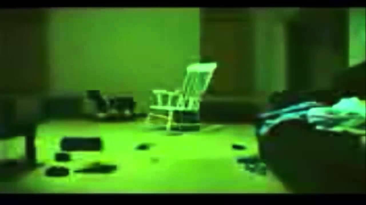 La silla que se mueve sola youtube for Silla que se mueve