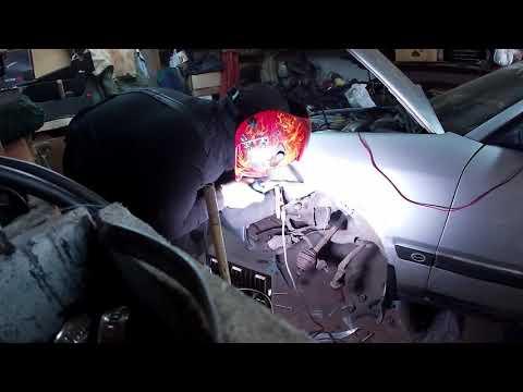 Audi100 C4 Ремонт ржавого крыла