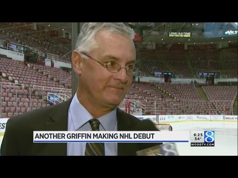 Voice of the Griffins Bob Kaser calling Red Wings game