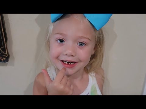 PULLING EVERLEIGH'S FIRST TOOTH OUT! (CUTEST REACTION EVER) 4 years old