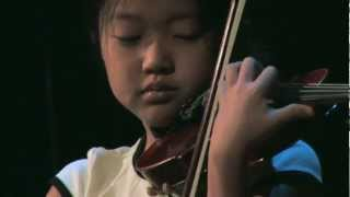 Tiny violinist amazes with performance of Sarasate on From the Top