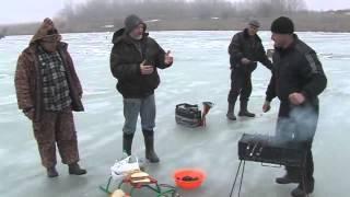 Зимняя рыбалка 2014 Рыбаки из города Березовка