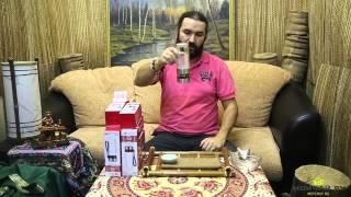 """Обзор: """"Походная"""" стеклянная бутылка для правильного заваривания чая"""