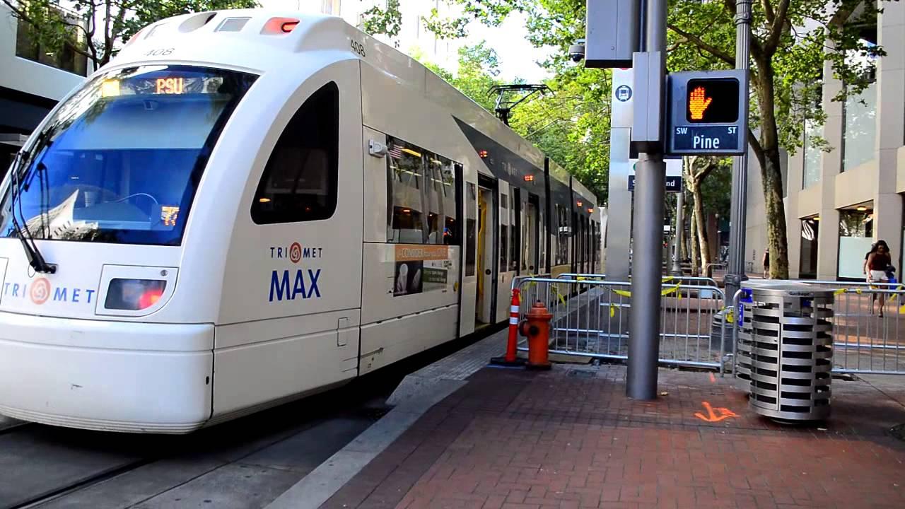 portland trimet downtown portland bus light rail action part i youtube. Black Bedroom Furniture Sets. Home Design Ideas