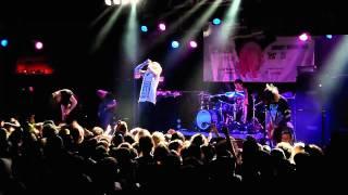 Bring Me The Horizon - Crucify Me (LIVE HD)