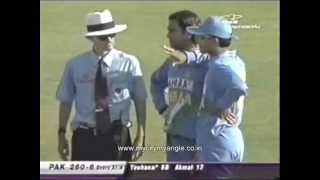 """Sourav Ganguly saying, """"Tu time note karle"""" to Mohd.Yousuf"""