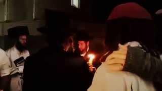 Ace Klatzko making havdalah on Havdalah.com Uman