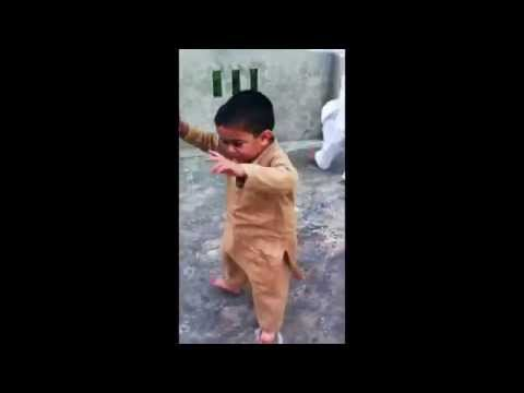 Now This Kid Can Dance! Cute Little Boy Funny Dance
