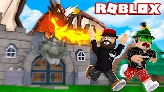 ESCAPE THE HORROR CASTLE in ROBLOX (STORY)