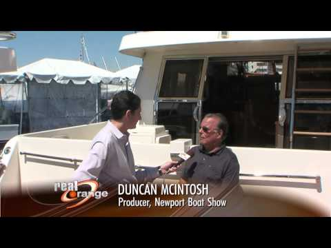 Thumbnail: News reporter ruins boat show
