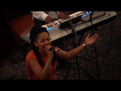 Aster Abebe worship - ህልውናህ...
