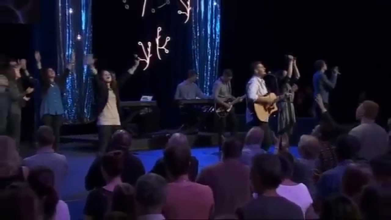 Oh come let us adore him - Hillsong Church (Live)
