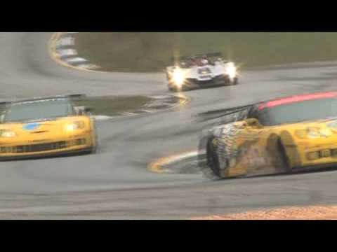 Petit Le Mans: The Audi R15 TDI on the dry track