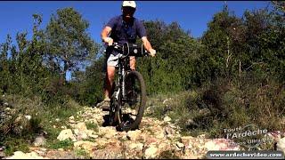 Ardèche - VTT sur le GR4 (de  Labastide de Virac aux Gorges de l'Ardèche) (4K)