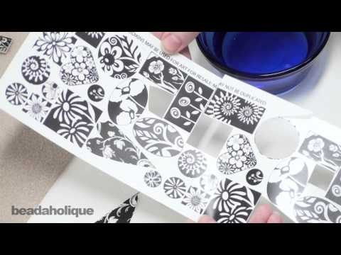 How to Use Transfer Graphics to Make Jewelry