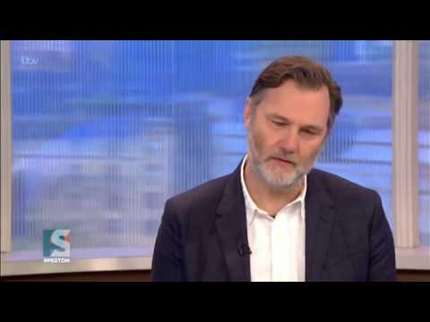 David Morrissey criticises Theresa May & UK Government for ending Dubs amendment