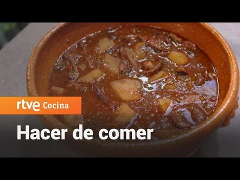 Cómo hacer Patatas con níscalos - Hacer de comer | RTVE Cocina