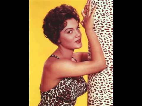 Connie Francis – Forget Domani