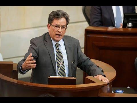 Las frases que dejó el intenso debate contra el ministro Alberto Carrasquilla | Noticias Caracol