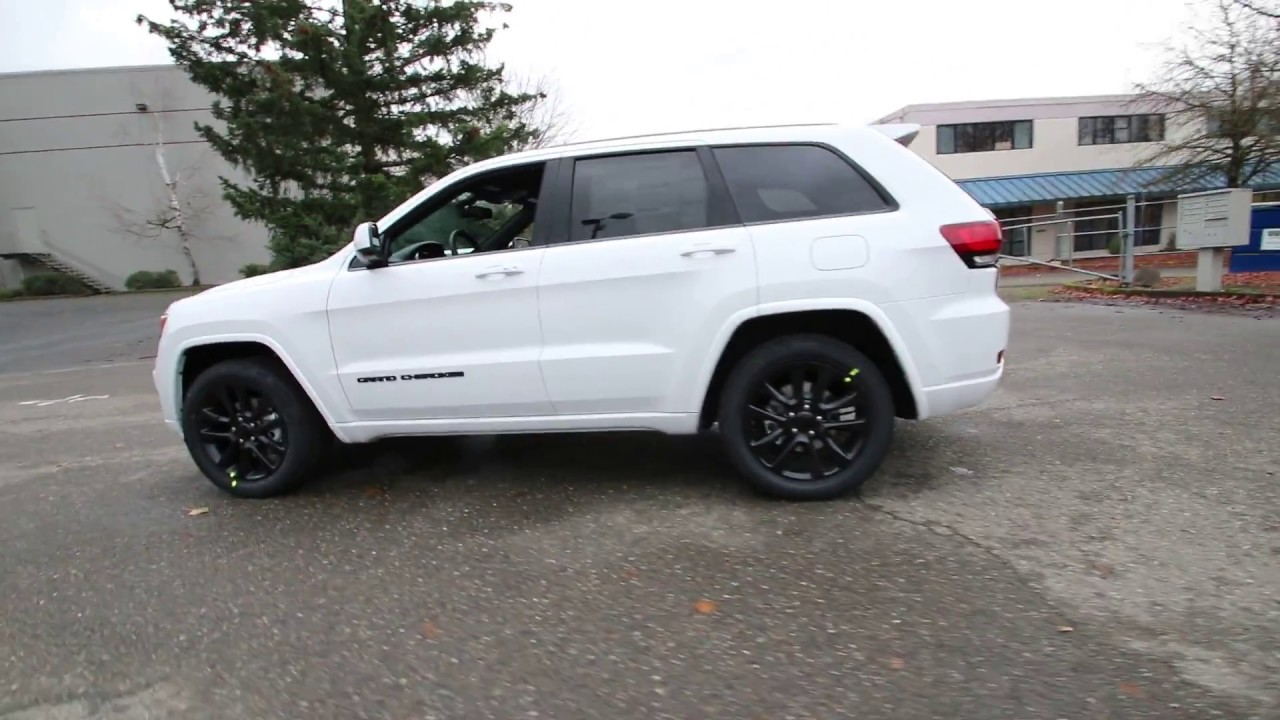 2017 jeep grand cherokee altitude bright white clearcoat. Black Bedroom Furniture Sets. Home Design Ideas