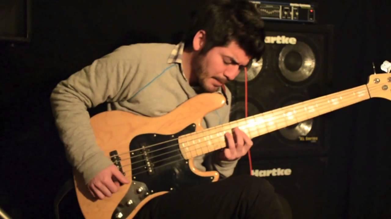 organic jazz bass 5 strings pickups youtube. Black Bedroom Furniture Sets. Home Design Ideas