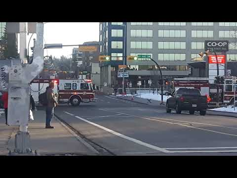 Calgary Engine 2 & Rescue 2 Responding