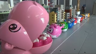 Super Wings 10 egg airplanes go into Hippo\'s mouth toys play 슈퍼윙스 10대 알 비행기들이 하마 입속으로 들어가요 장난감 놀이