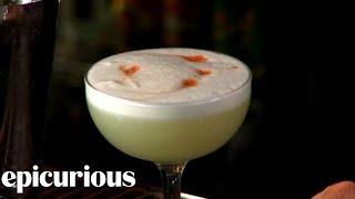 How to Make a Pisco Sour Cocktail