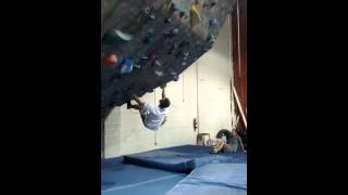 Jack doing a fun inverted V2 @ Sportrock Alex