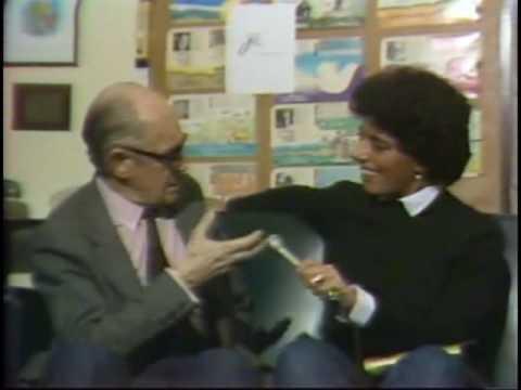 Leda Nagle entrevista Carlos Drummond de Andrade