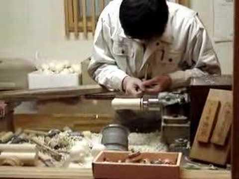 Making Traditional Japanese Doll Kokeshi