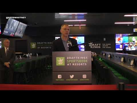 Draftkings Sports Book Opens At Resorts Atlantic City | Harry Carson New York Giants