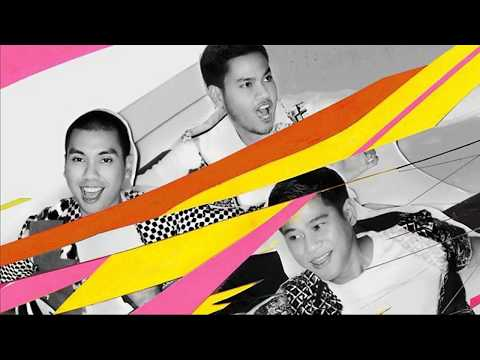 RAN feat. YURA YUNITA - Melawan Dunia (Lyrics Video)