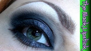 Makeup tutorial trucco classicamente nero