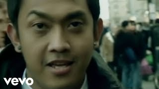 Download Yovie & Nuno - Dia Milikku (Video Clip)