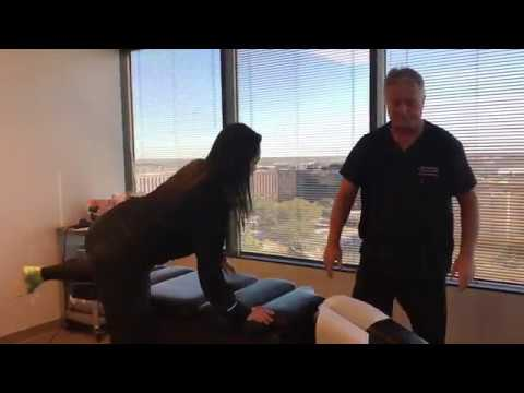 we'll-crack-you-up-like-this-houston-lady-at-advanced-chiropractic-relief