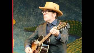 Watch Elvis Costello Spooky Girlfriend video