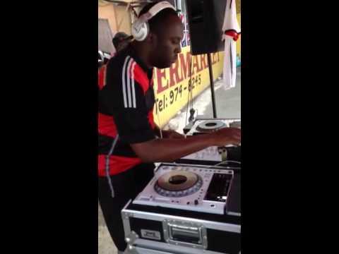 DJ ROY LIVE JUGGLING @ KC SUPERMARKET