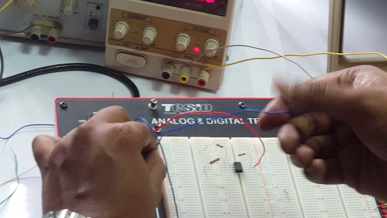 Lab Report 4 Study A Summing Amplifier Circuit Using 741 Op Amp Ic Subtractorcomparator Circuits Integraterdifferentiator