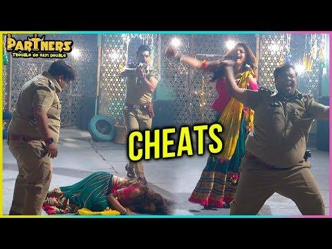 Chamko CHEATS Aditya And Manav | Partners Trouble Ho Gayi Double - पार्टनर्स ट्रबल हो गेई डबल thumbnail
