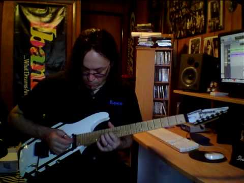 6-15-10 Lick Of The Week - Chords and Melody - Make a nice sandwich!