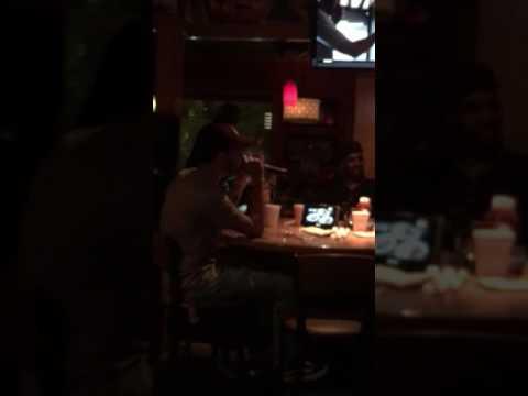 "White Guy in Applebee's singing Anthony Hamilton Karaoke ""Charlene"""